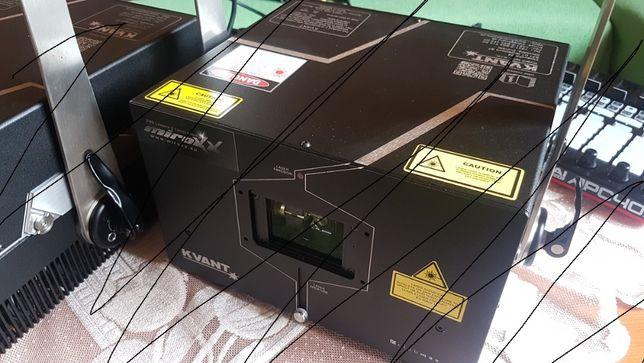 KVANT Clubmax 3000 FB4 - 3,3 watt profi LASER