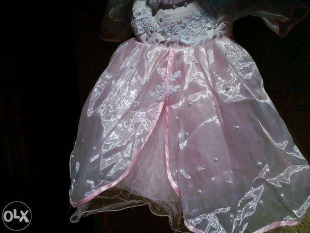 Плаття і сарафани