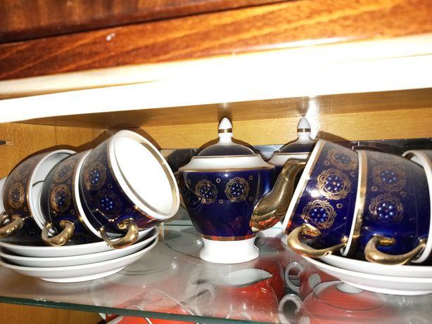 Чайный набор королевского цвета