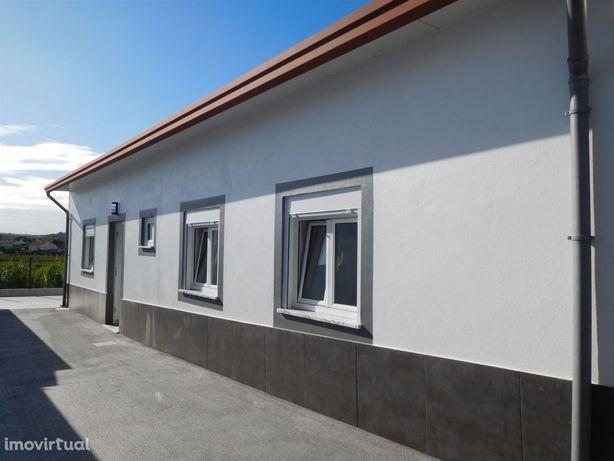 Moradia T3 / Renovada / Sismaria / Marrazes / Leiria