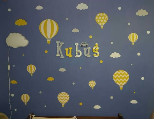 Literki na ścianę + samochodzik, dekoracja do pokoju chłopca
