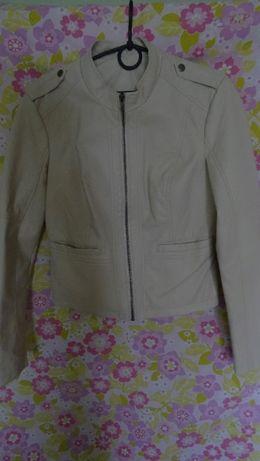 куртка із еко шкіри, стан ідеал!
