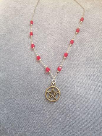 Colar pentagrama
