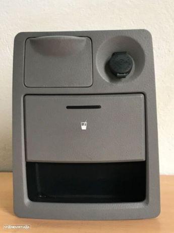 Porta Objectos / Base Copos Kia Sorento de 02 a 06
