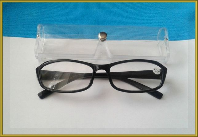 Очки для коррекции зрения +3.0.