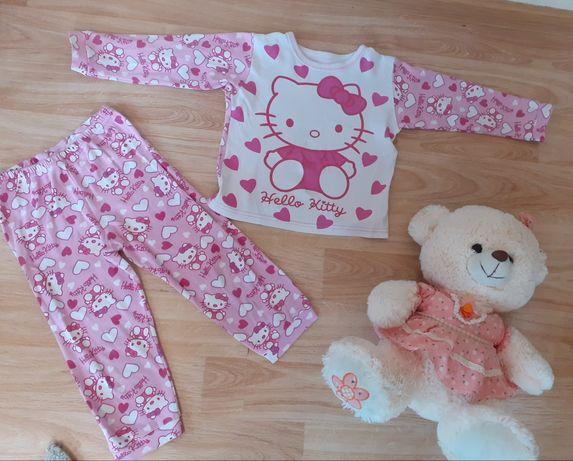 Пижама на девочку 3-4 годика