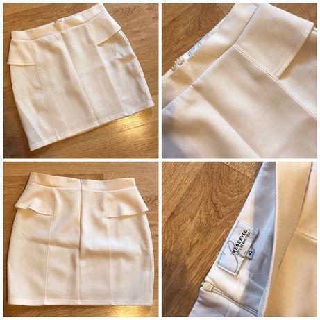 Spódniczka mini Reserved biała 42 XL
