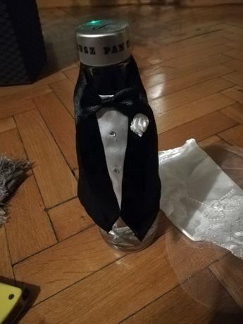 Ubranka na butelkę wódki