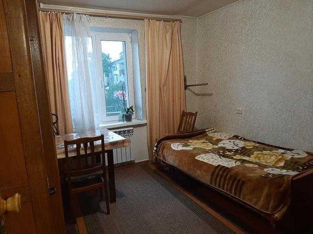 Продам классную 2-х комнатную гостинку 44м на Баварии