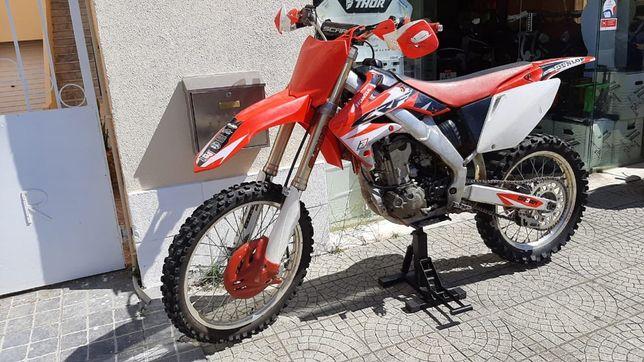 Mota Honda CRF-R 250