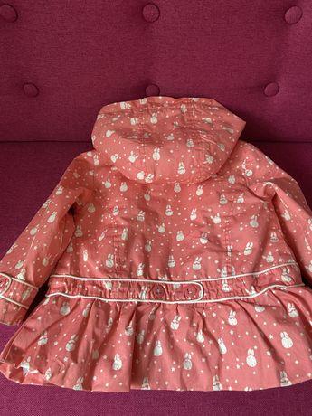 Стильный плащ, куртка на девочку с милыми зайками.