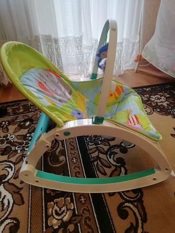 Продам детский стул качалку