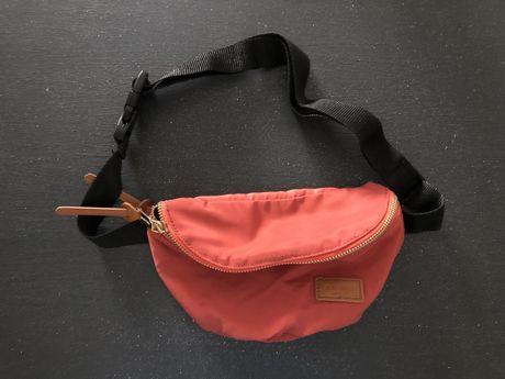 Bolsa para cintura pull&bear