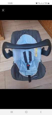 Carro e ovo azul bebe
