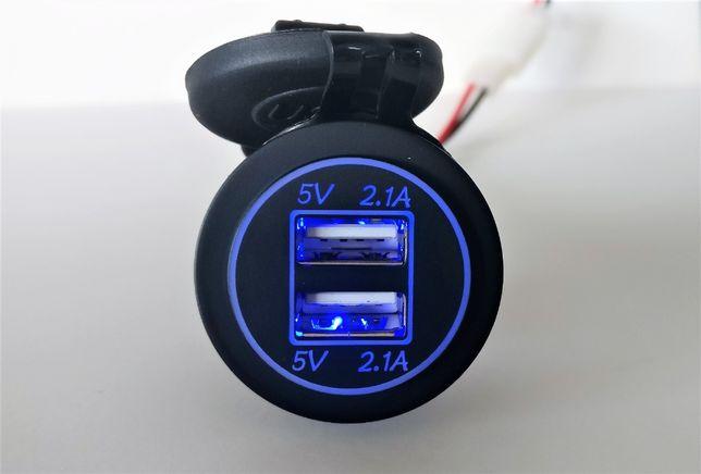 Tomada carregador 4,2A duplo USB c/ ou s/ voltímetro digital - NOVOS