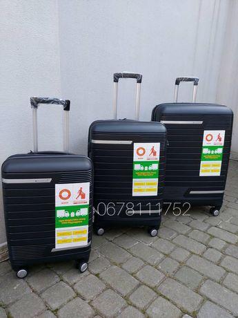 SNOWBALL 91203 Франція polypropylene валізи чемоданы сумки на колесах