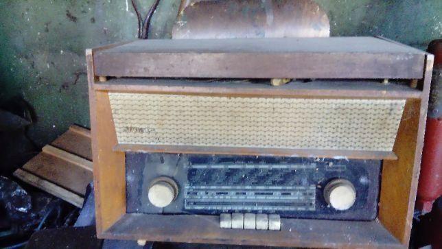 Stare radio Sonata z gramofonem