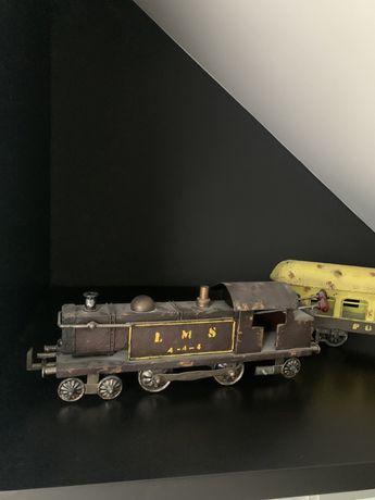 zestaw z Almi Decor, lokomotywa z wagonem