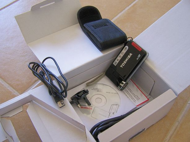 Câmara filmar Toshiba Camileo S30 para peças ou reparação