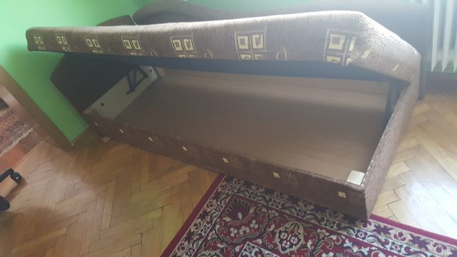 Łóżko młodzieżowe tapczan
