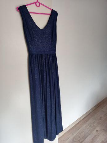 Przepiękna sukienka .