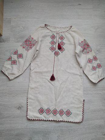 Вышитое платье на девочку 5-7лет
