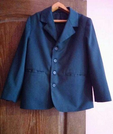 Пиджак школьный зеленый на мальчика 6-9 лет