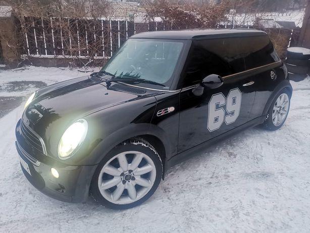 Mini Cooper S 163 km R53 Anglik