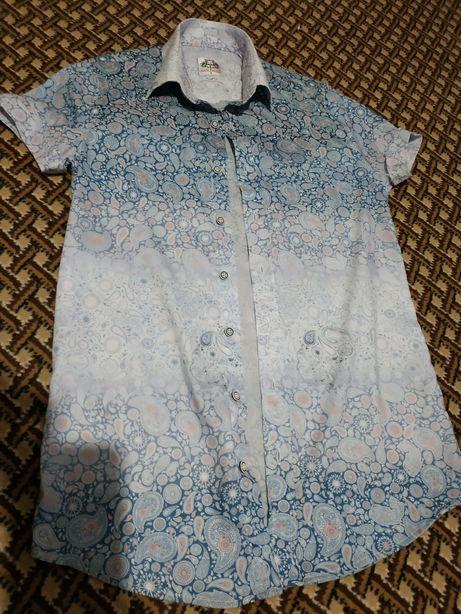 Продам шикарную турецкую рубашку на худощавого парня