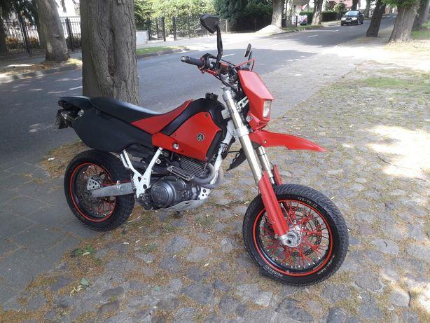 Yamaha tt600e supermoto