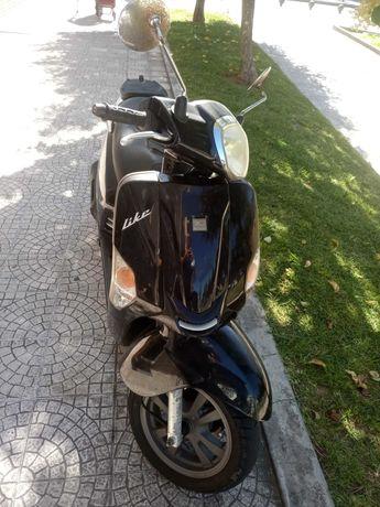 Kymco Like 125cc scooter mota moto