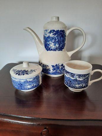 Angielska porcelana niebieska,dzbanek,cukierniczka,mlecznik