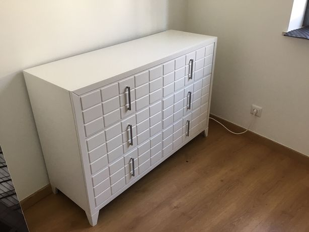 Movel de sala - madeira maciça (como novo)