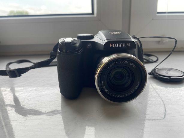 Aparat FujiFilm FinePix S5800 + torba + karta SD 4GB
