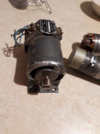 двигатель ду-40у3.трансформатор вращ.