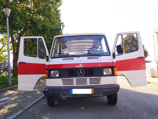 Mercedes 207d Clássico