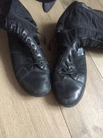 Фірмові осінні чоботи-боти