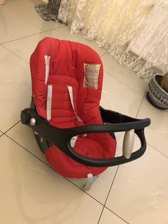 Автокресло chicco 0-13 кг для новорожденных