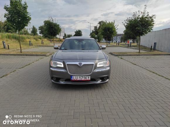Lancia Thema Salon Polska Chrysler 300