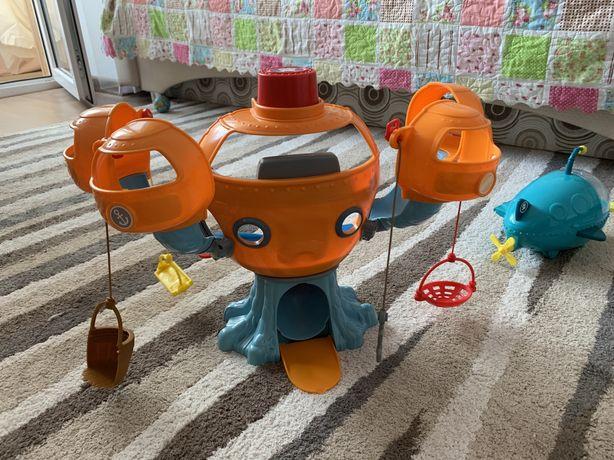 База октонавты Mattel