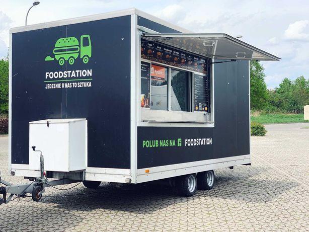 Wynajem Food Truck // Przyczepa gastronomiczna