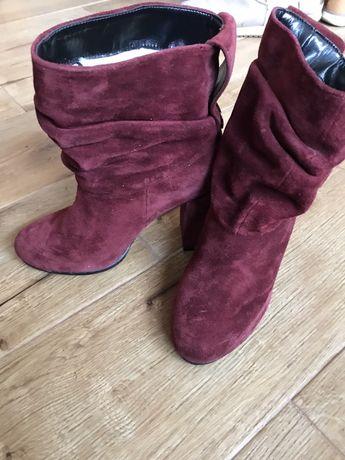 Зимові чоботи ) сапожки.