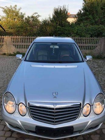 Mercedes Benz E220 2.2CDI