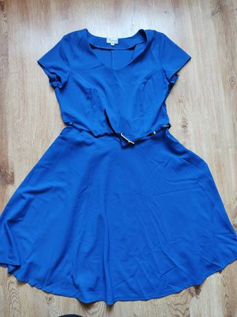 Sukienka rozkloszowana L