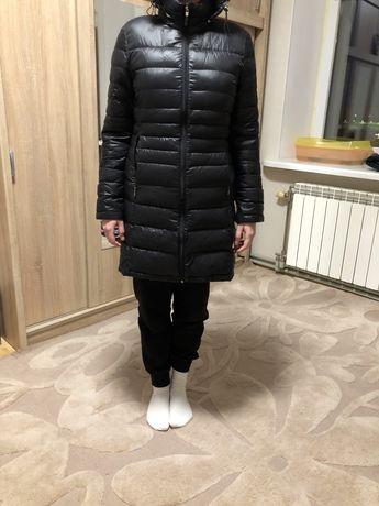 Куртка-пуховик С-М Calvin Klein