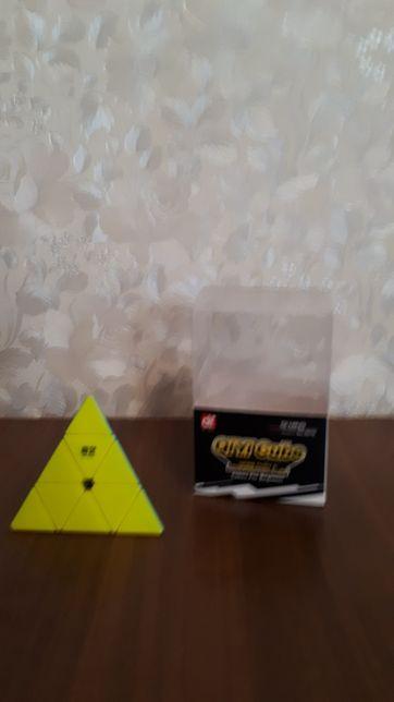 Пирамидка 3x3 QiYi Qiming Piraminx