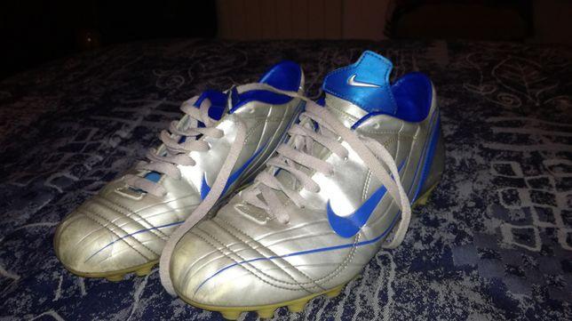 Sapatilhas / Chuteiras Nike