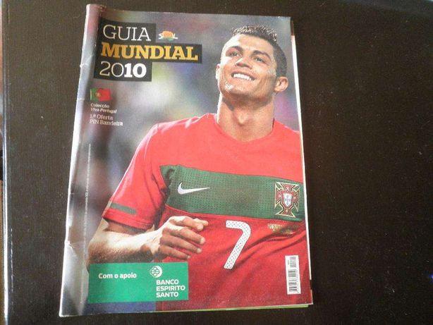 """C.R:7 há oito anos---Para quem adora futebol--revista """"relíquia"""""""