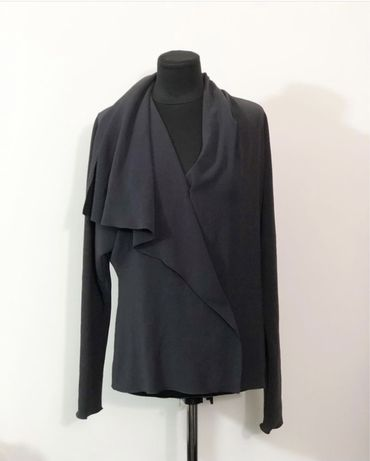 Стильная ассиметричная блуза Lanvin. Люкс бренд. Оригинал.