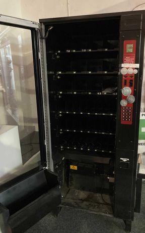 automat do wydawania napojów i przekąsek